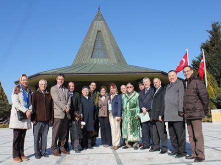 Kazaklar Menderes'i rahmetle andı - Türkistan - Doğu Türkistan ...